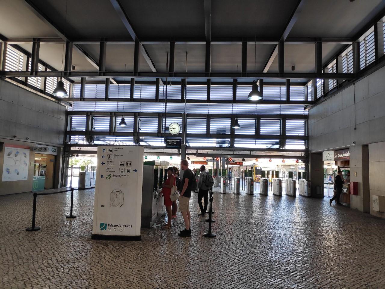 Visita Sindical à Linha de Cascais, estação do Cais do Sodré.