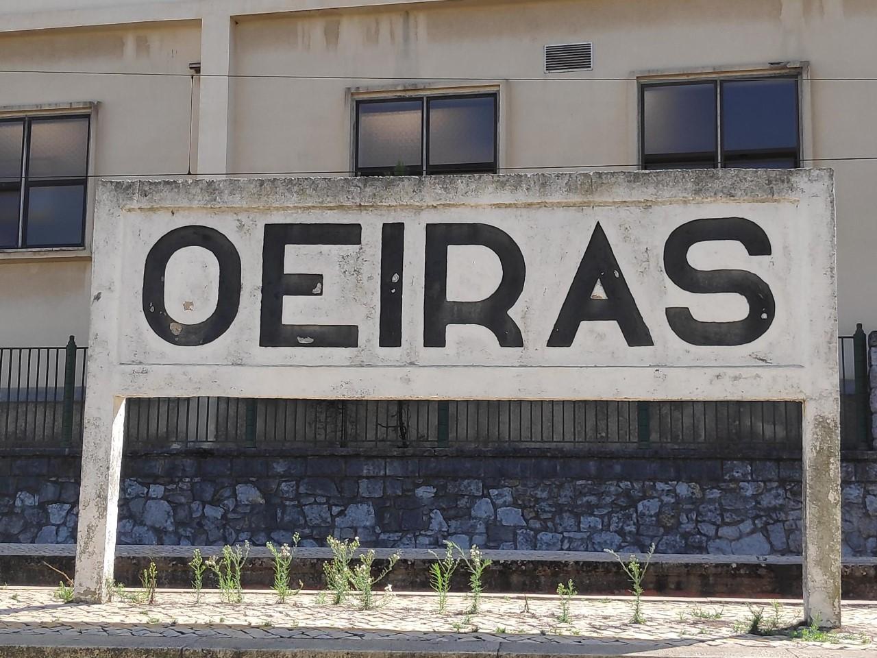 Visita sindical à Linha de Cascais, estação de Oeiras.